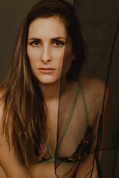 Emmy_boudoir_Jenny_Rolapp_Photography-11.jpg