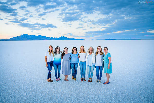 Family Pictures at Salt Flats