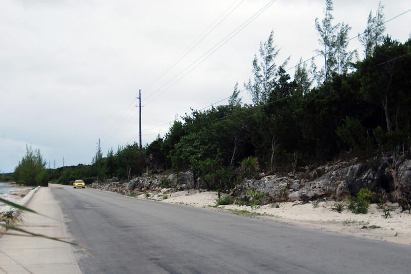 Road along the ocean on Eleuthera Island