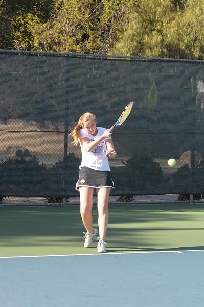 Menlo Girls Tennis 2012 14.jpg