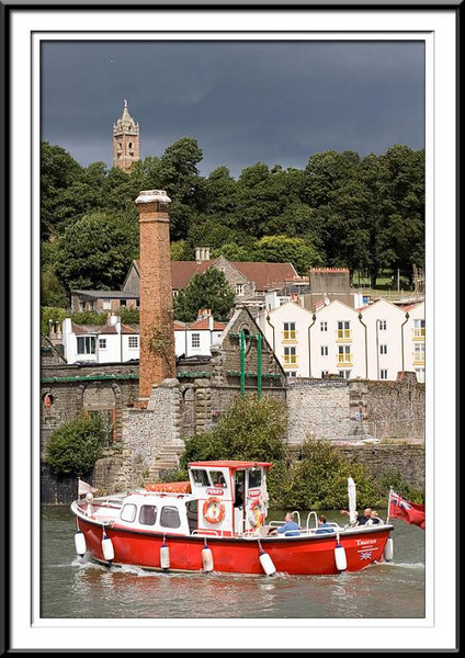 Little red boat in Bristol Harbour (60815509).jpg
