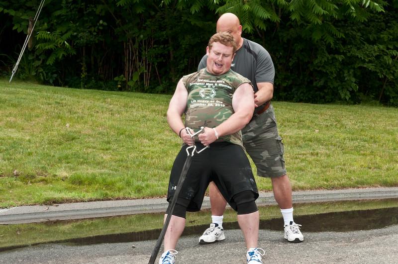 Fitness Revolution Strongman Challenge 2011_ERF4148.jpg