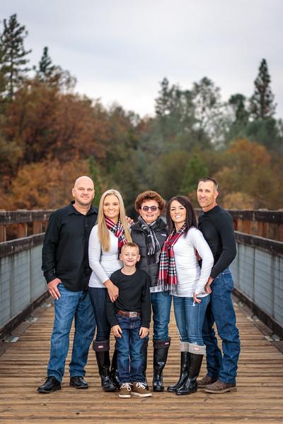11-25 Mel's Family-94.jpg