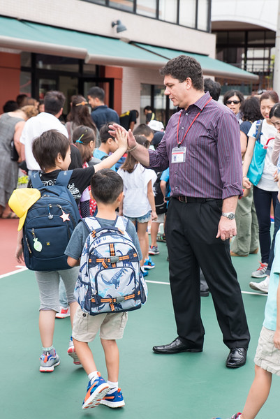 first day of school 2015-16 YIS-7952.jpg