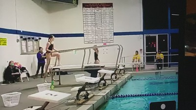 Diving: Maroon & Gold