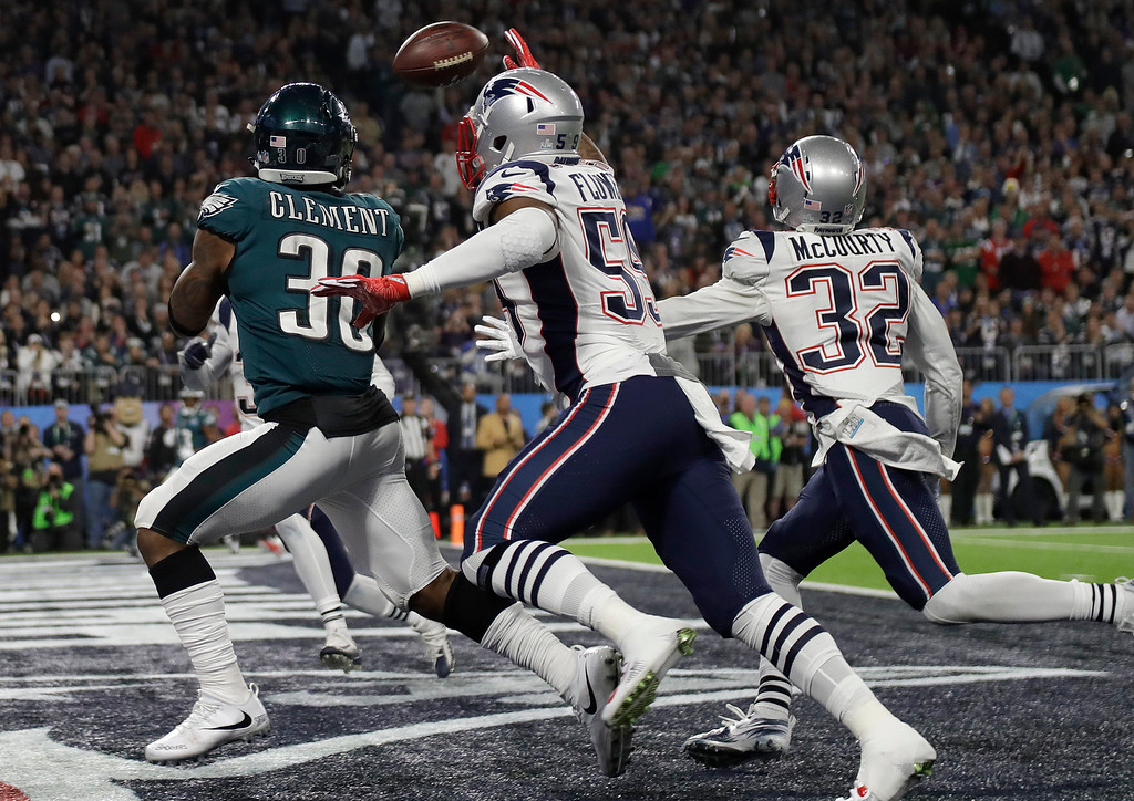 . Philadelphia Eagles\' Corey Clement, left, catches a touchdown pass during the second half of the NFL Super Bowl 52 football game against the New England Patriots Sunday, Feb. 4, 2018, in Minneapolis. (AP Photo/Matt Slocum)
