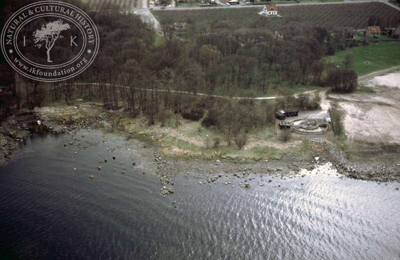 Kivik, south of sports ground, east of Kungagraven (1986). | LH.0093