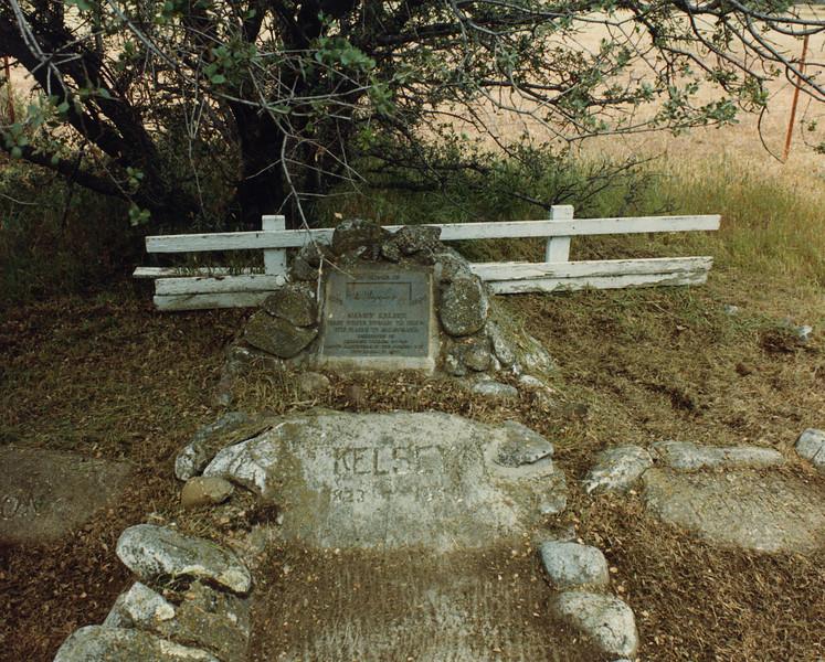 Gravesite-2.jpg