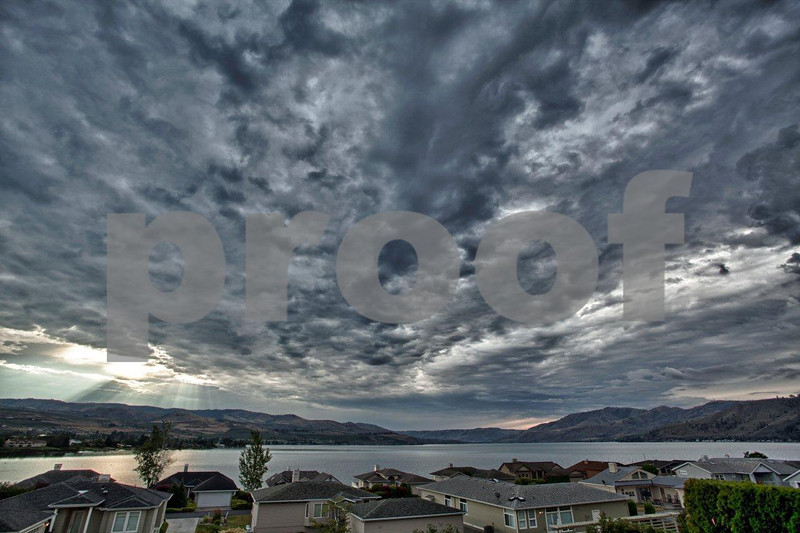Lake Chelan sunrise 6038_HDR.jpg