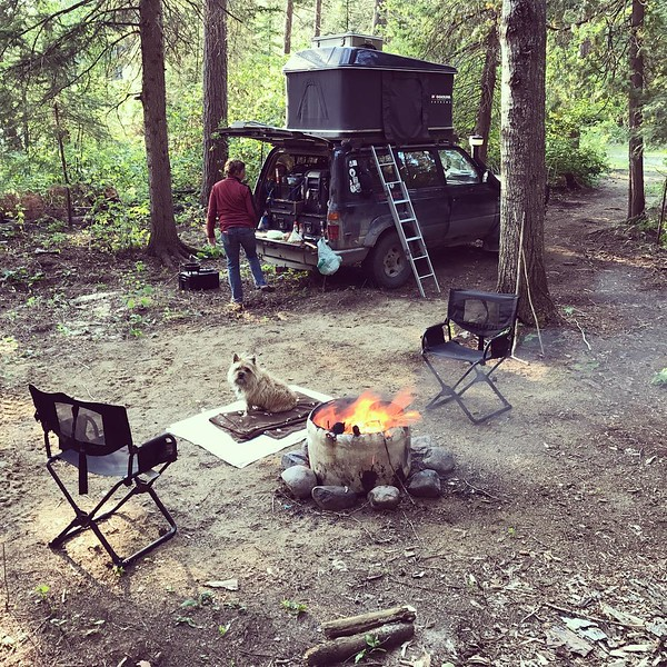 Bush camping should not be this good #bushcamping #canada #overland #landcruiser #fzj80