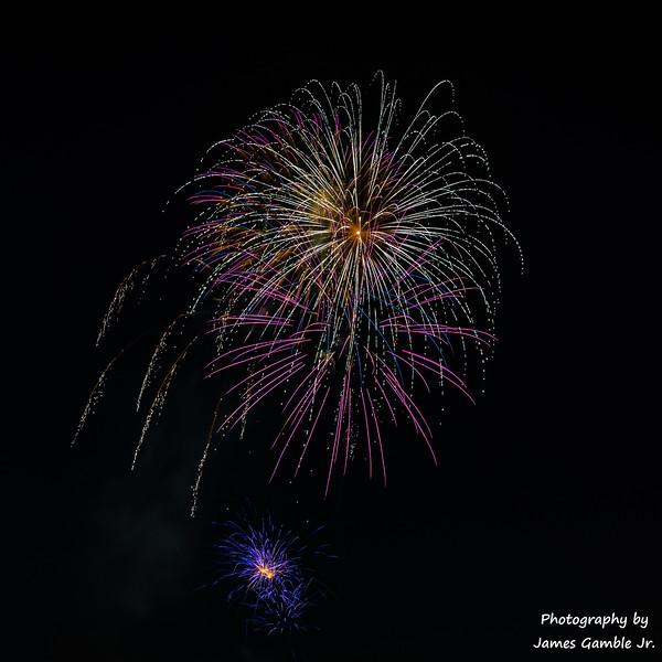 Fireworks-2017-6348.jpg