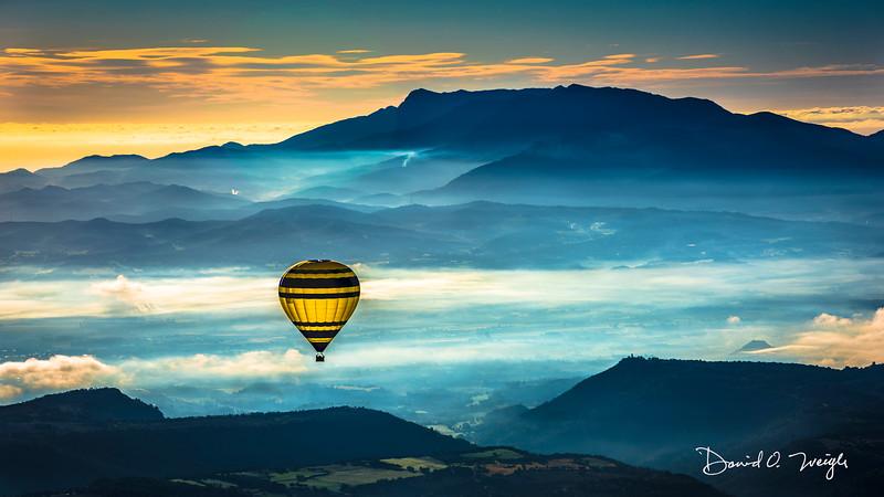 Catalonia Ballooning Vista Pano.jpg