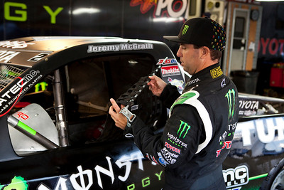JEREMY MCGRATH WITH HIS TRUCK - TORC RACING