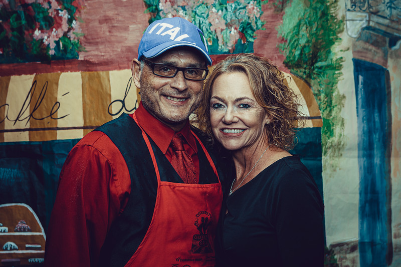 Mike Maney_CB Cares Celebrity Waiters 2019-87.jpg