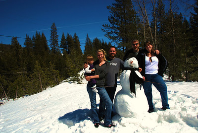 2009.03.28 Snow Day Crisis