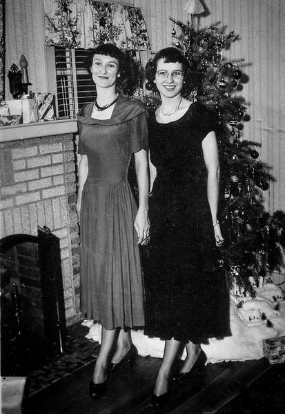 Frieda and Maria Smock 1949