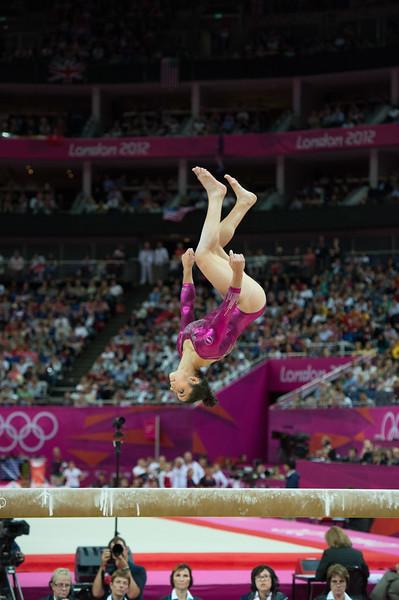 __02.08.2012_London Olympics_Photographer: Christian Valtanen_London_Olympics__02.08.2012__ND43937_final, gymnastics, women_Photo-ChristianValtanen