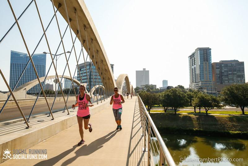 Fort Worth-Social Running_917-0205.jpg
