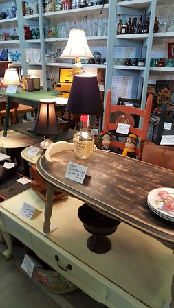 Lakewood 400 Antiques