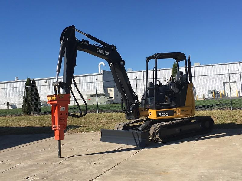 NPK PH2 hydraulic hammer on Deere 50G mini excavator - Murphy Tractor 2017 (2).JPG