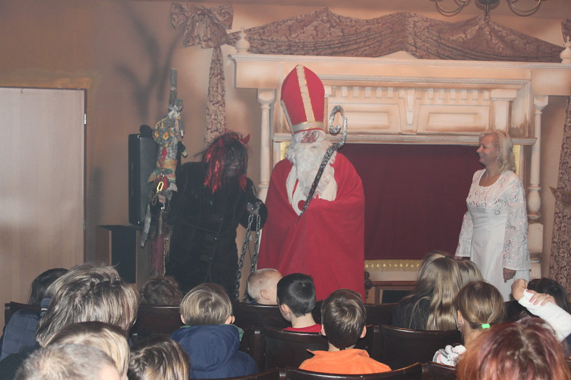 Úholičky-Castle-Puppet-Theatre