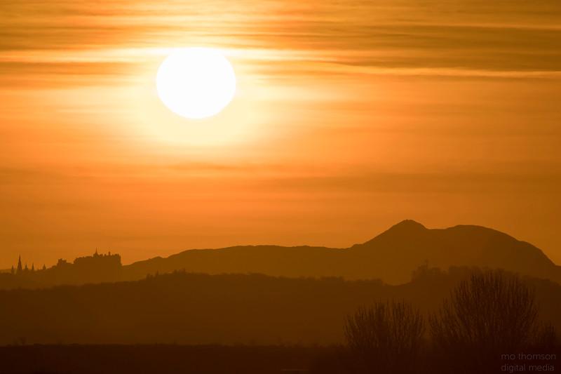 MoThomson_Edinburgh_sunrise_3rd_april2017.jpg