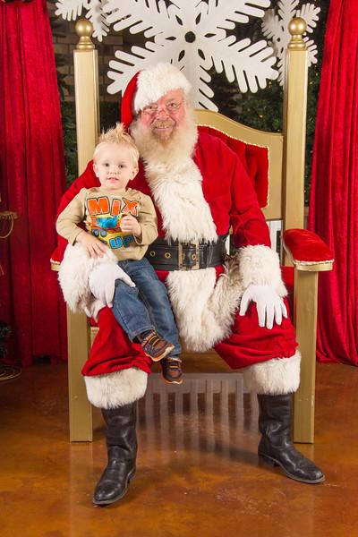 Santa 12-16-17-292.jpg