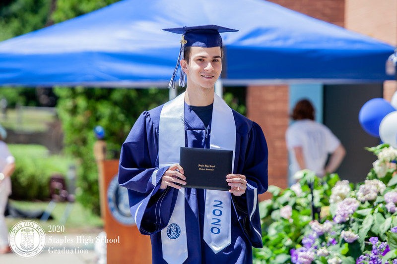 Dylan Goodman Photography - Staples High School Graduation 2020-569.jpg