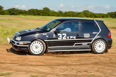 32 Black/White VW R32