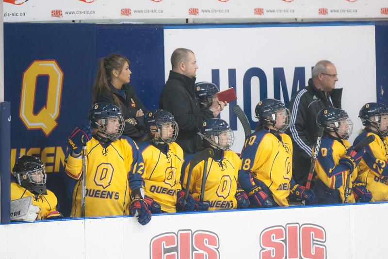 20130310 QWHockeyvsUBC 394.jpg