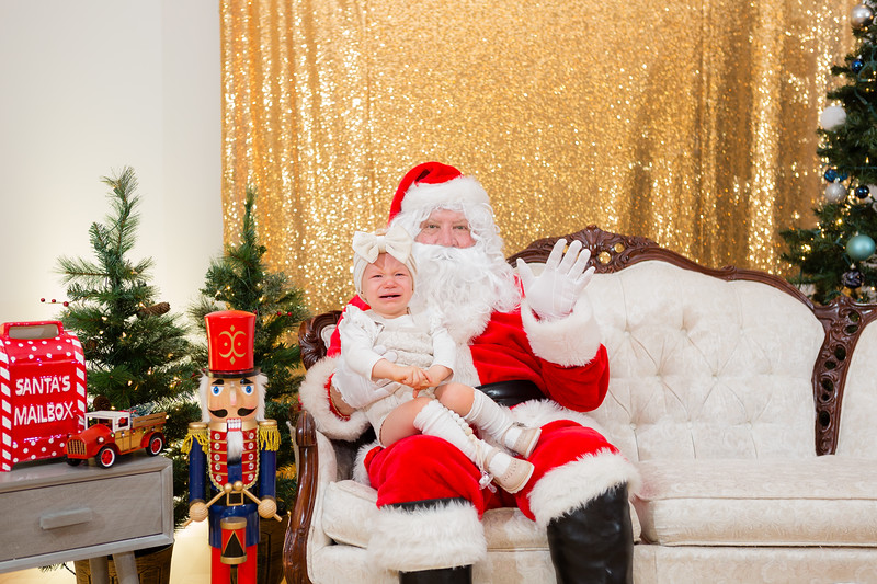 FADS Picture with Santa-198.jpg