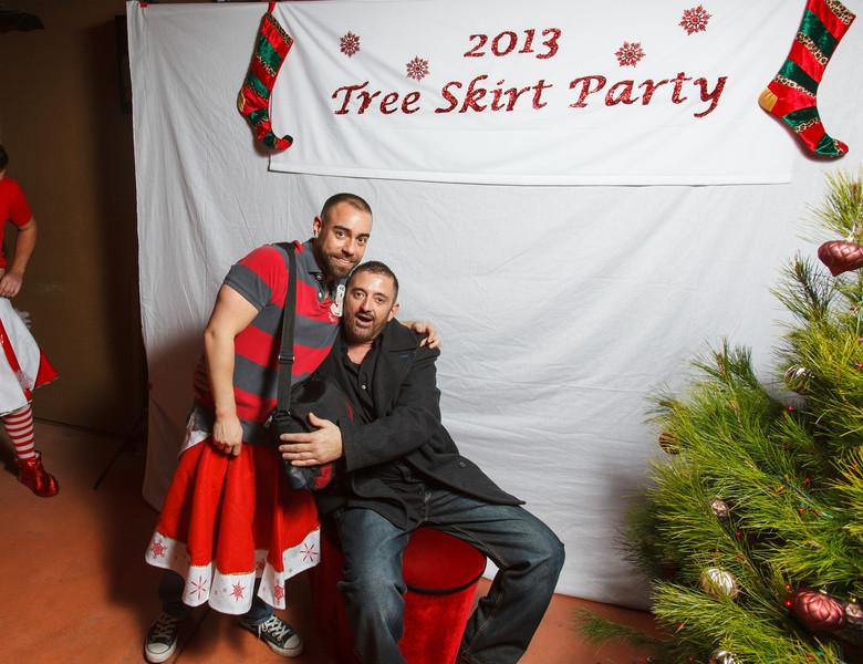 TreeSkirt2013-239.jpg