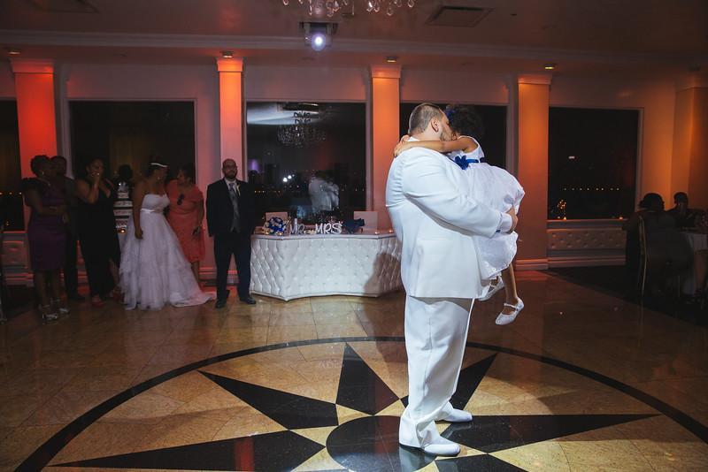 MER__0940_tonya_josh_new jerrsey wedding photography.jpg