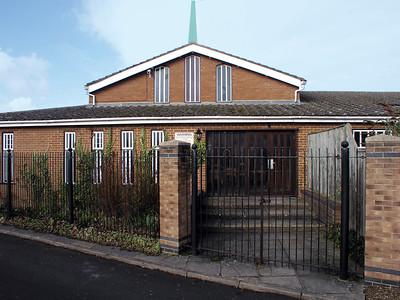 St Thomas More, Roman Catholic, 142 Oxford Road, Kidlington, OX5 1DZ