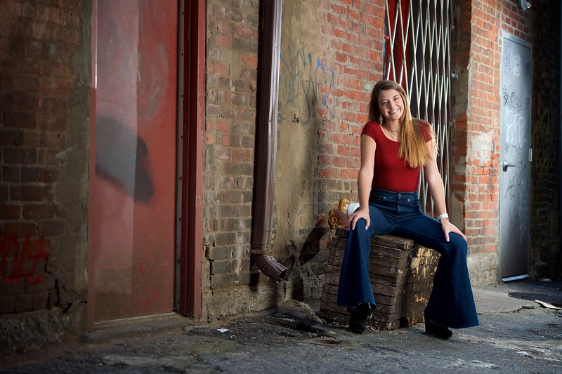Sophie Senior Portraits 18.jpg