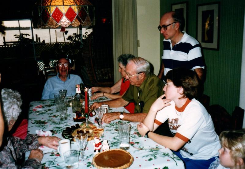 1986_December_Life_in_Longwood_0056_a.jpg