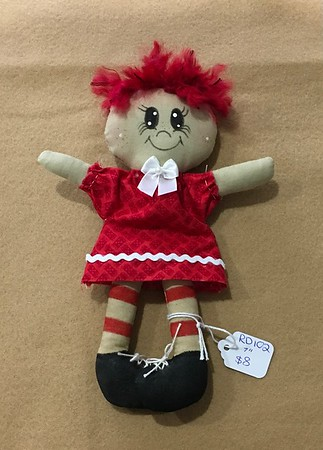RAG, COUNTRY AND PRIMITIVE DOLLS