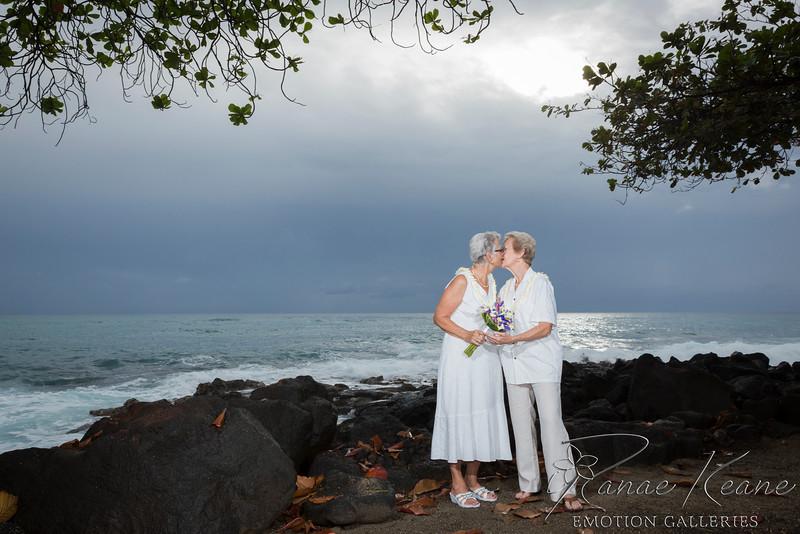 088__Hawaii_Destination_Wedding_Photographer_Ranae_Keane_www.EmotionGalleries.com__141018.jpg