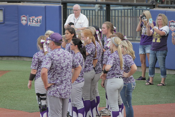 Lady Wolves Fast Pitch State Tournament 2015