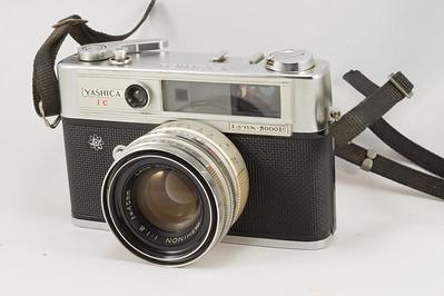 Yashica Lynx, 1966
