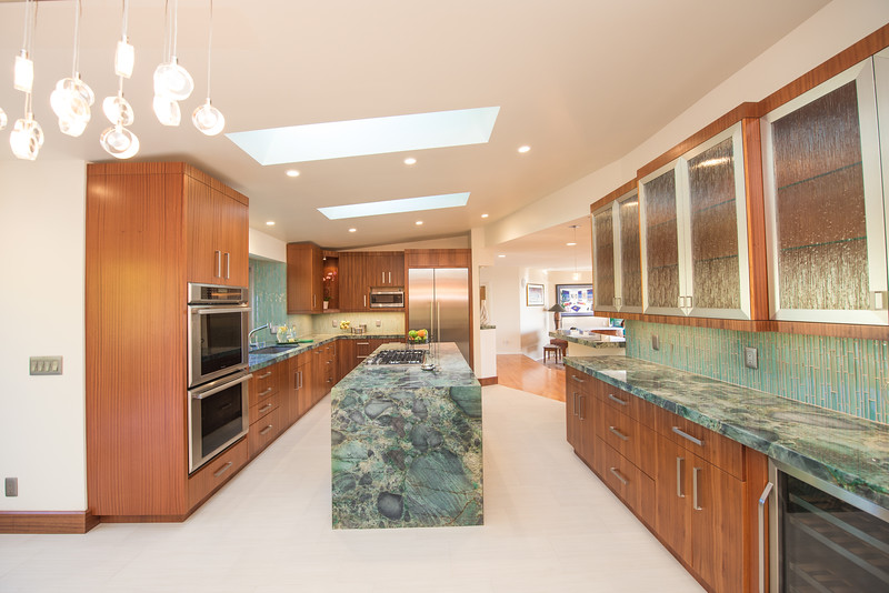 Kaminskiy Design & Construction - La Jolla Kitchen - www.rachelmcfarlinphotography.com-3611.jpg