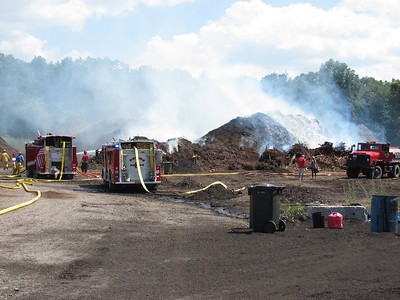 07-22-2016 Mutual Aid Shirley Large Mulch Fire