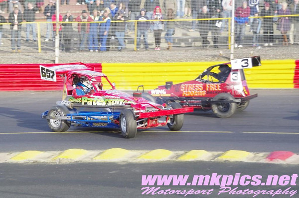 Superstox, Lochgelly, 27 April 2013