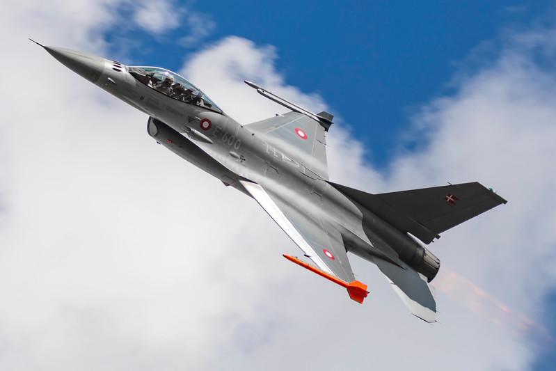 E-600-F-16FightingFalcon-RDAF-RKE-EKRK-2017-08-19-_56I2794-DanishAviationPhoto.jpg