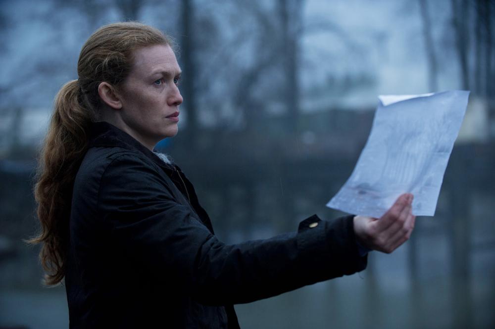 . Sarah Linden (Mireille Enos) - The Killing - Season 3 Photo Credit: Carole Segal/AMC