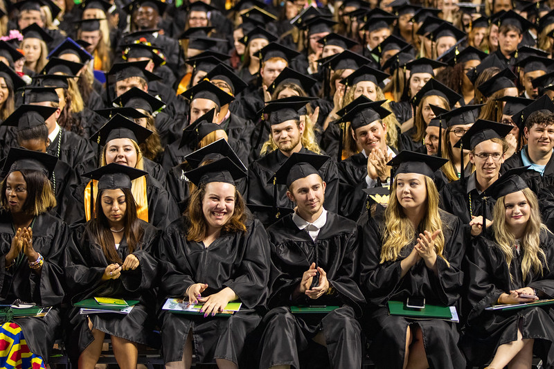 Graduation 2019-9854.jpg