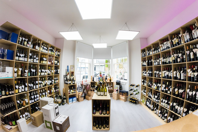 love-wine-shop-8542_27252000376_o.jpg