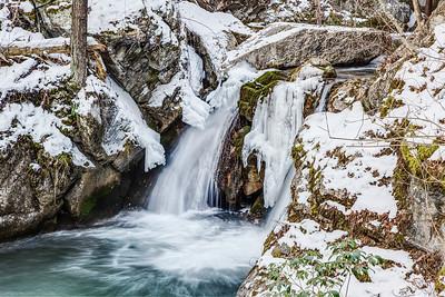 Cascades Gorge in Winter 2014
