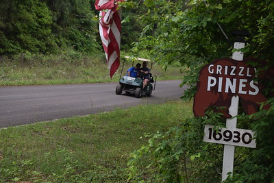 Grizzly Pines Campground in Navasota, TX