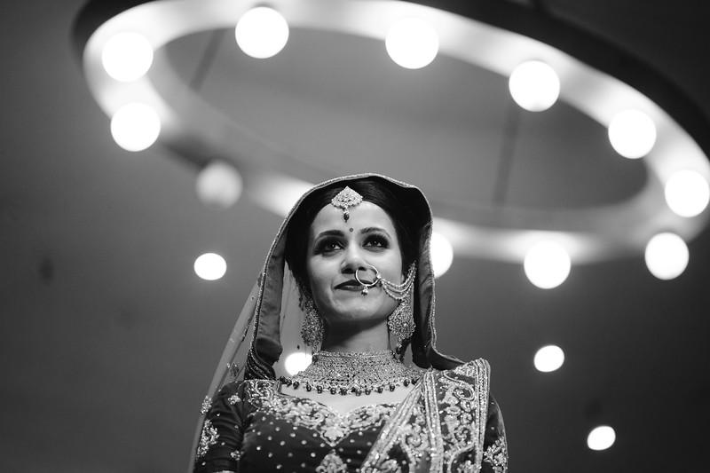 Candid Wedding Photographer Ahmedabad-1-167.jpg